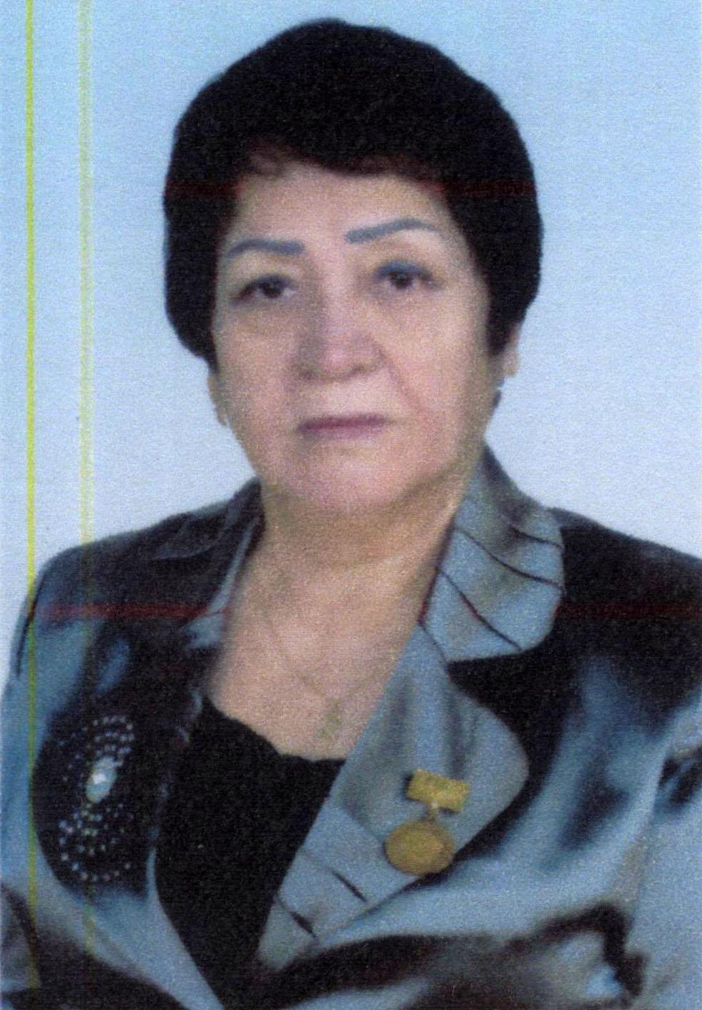 Dinora Ilxomjonova