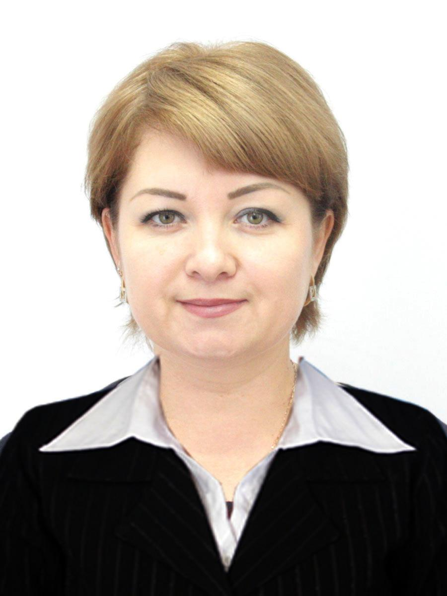 Альбина Базарбаева