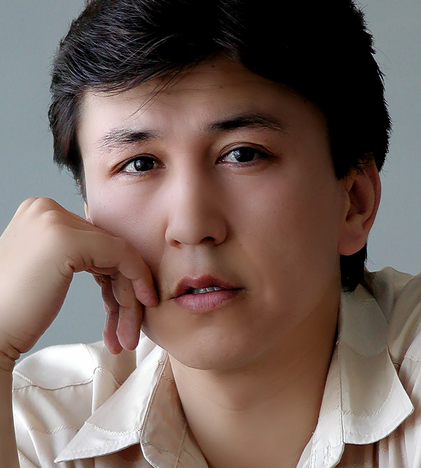 Анвар Намозов